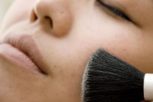 como_disimular_el_acne